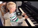 """Video: der Große spielt das """"Hupkonzert"""" von Anne Terzibaschitsch"""